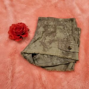 Hollister military green shorts
